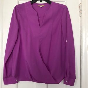 NWOT Gianni Bini Fuschia V-Neck Blouse Womens XS